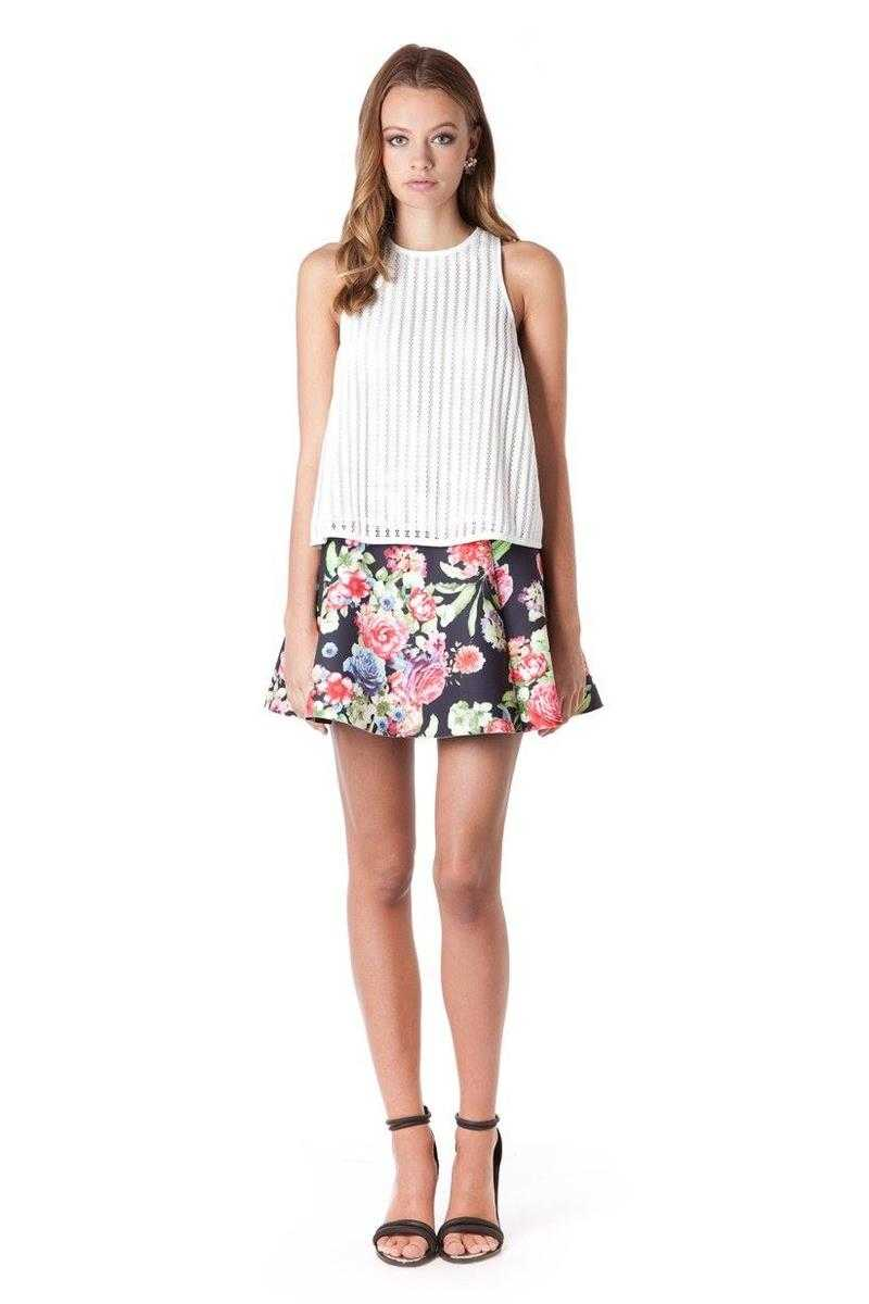 Elliatt Prominence Floral Print Skater Mini Skirt - Talis Collection