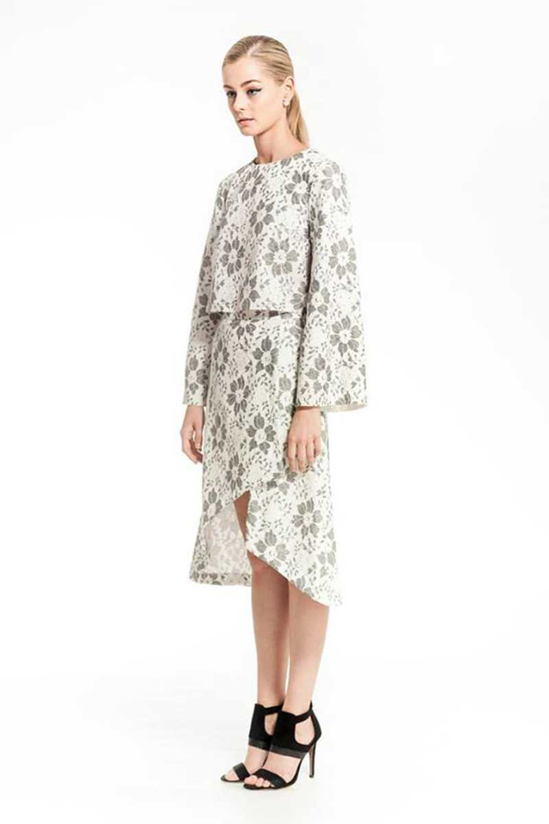 Elliatt Grand Hotel Bell Sleeve Floral Top - Talis Collection