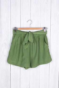 Amaya Silky Casual Shorts with Belt - Talis Collection