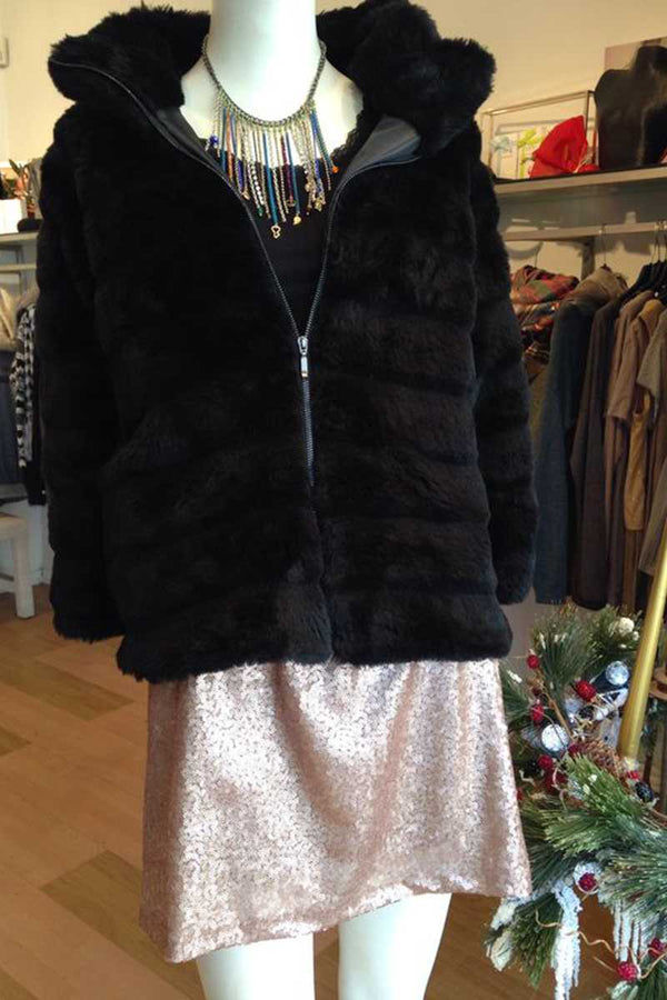 Dacia Fur Coat Black - Talis Collection