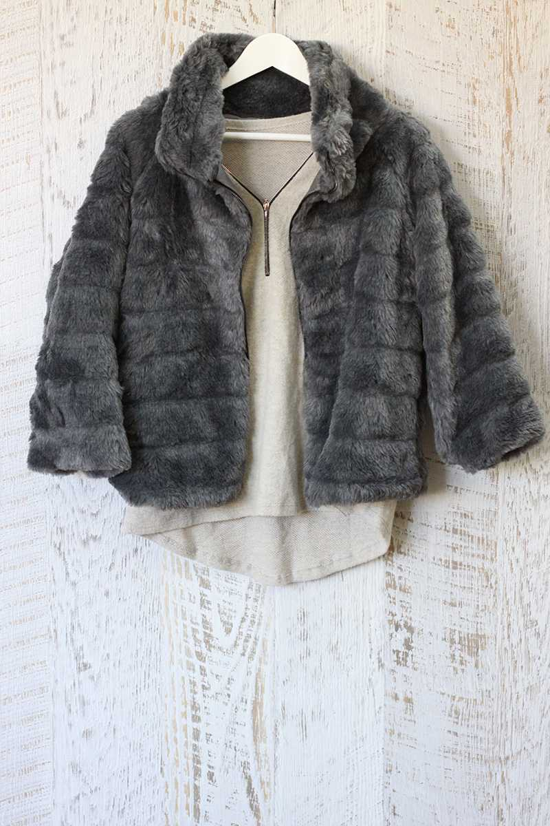 Dacia Fur Coat Gray - Talis Collection