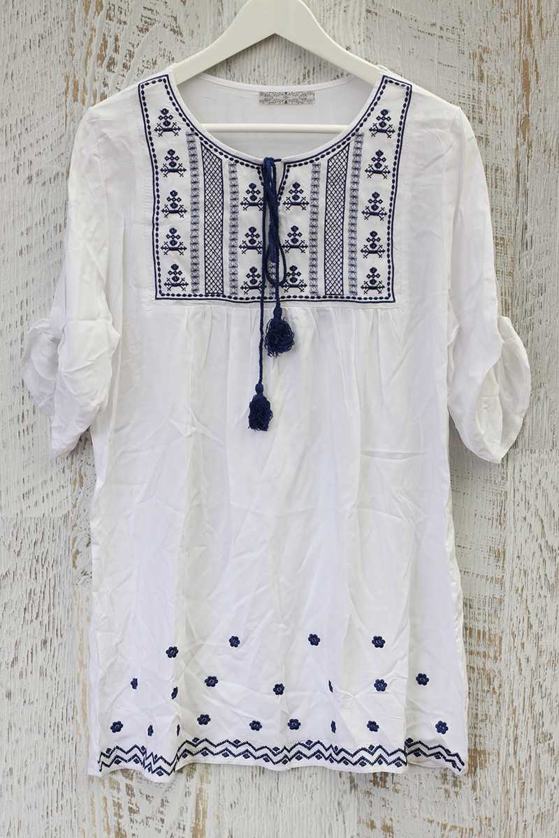 Quinta Embroidery Swing Dress
