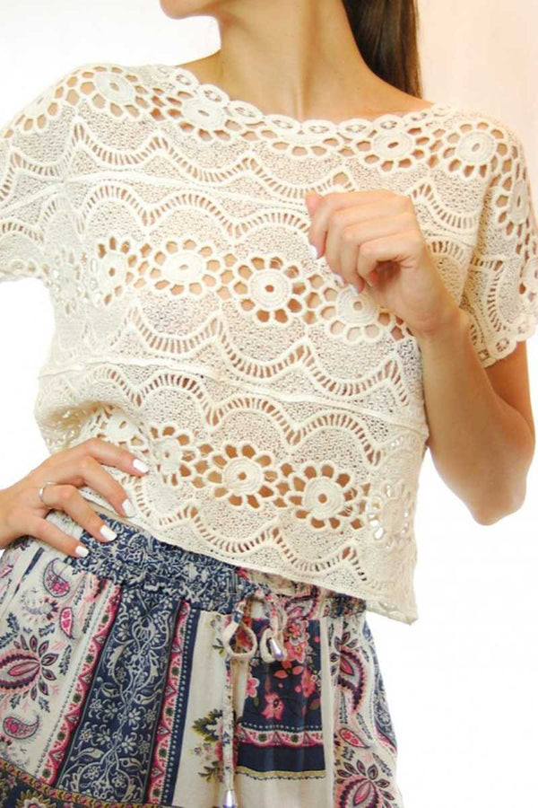 Vera Lace Cut Out Crop Top
