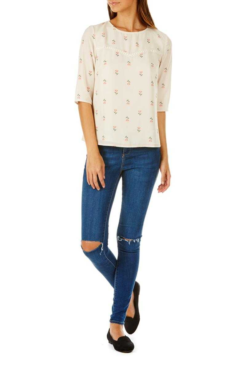 Sugarhill Boutique Mara Heart Flower Top