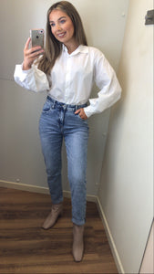 Light Wash High Waist Boyfriend Jeans