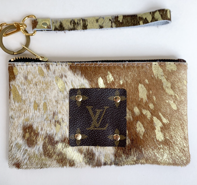 100% Cowhide leather &  Wristlet Authentic Louis Patch Wristlet