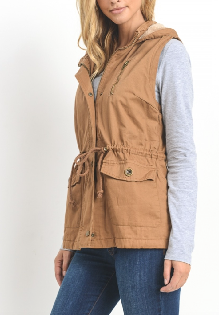 Camel Vest With Fur Lining