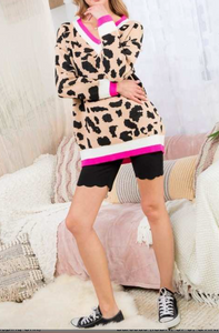 Fuchsia Leopard V Neck Sweater