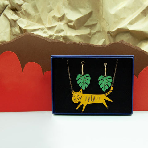 Tiger Necklace & Leaves Earring Set