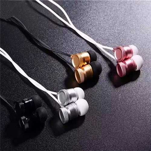 MINGGE-M900 In-Ear Metal Super Bass Compatible Headphone With Microphone