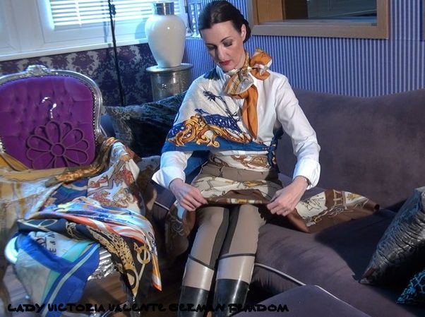 buy used scarves from wonderful german scarf-mistress lady victoria valente