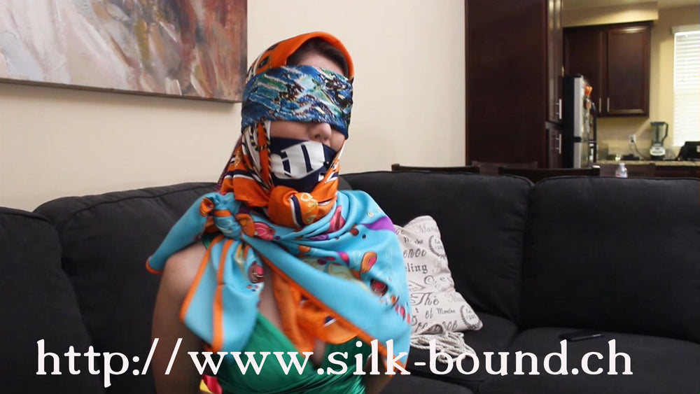 Chrissy - in the scarf club - part 3 - silk-bound.ch