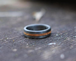 The Lark - Whiskey Barrel and Carbon Fibre Slim Ring