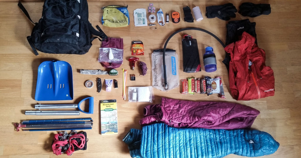 A Season-to-Season Guide to Ultralight Day Hiking Gear Lists