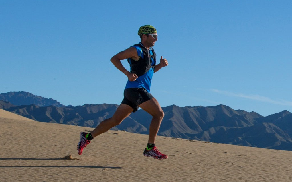 Ray Zahab, xactnutrition athlete, running the Gobi desert in 2013