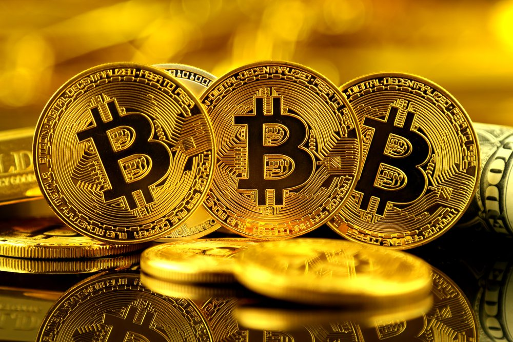 Bitcoin rises above US$10,000, strategist sees new high by July