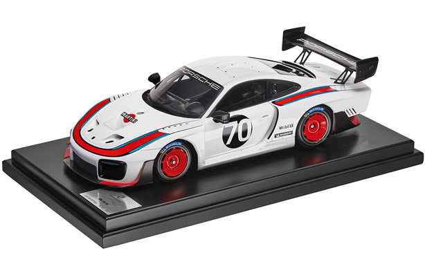 Porsche Driver's Selection Porsche 935 Model Car- 1:12 Scale