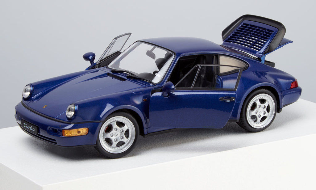 1990 Porsche 911 (964) Turbo 1:24 Model Car - Cobalt Blue