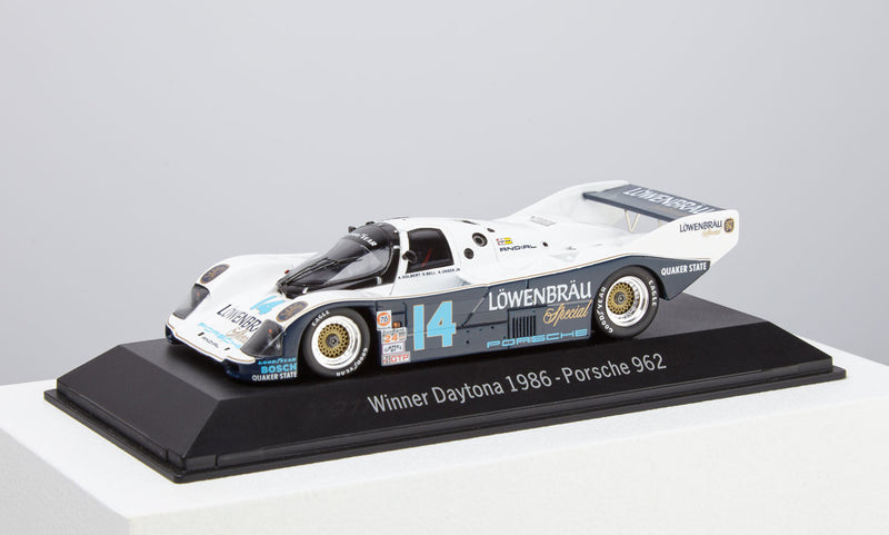 Porsche 962 1:43 Model Car - 1986 Daytona Winner