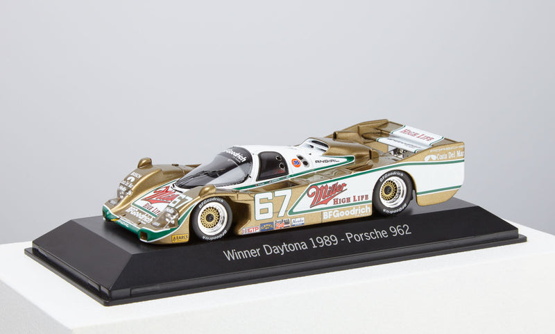Porsche 962 #67 Sieger Winner of Daytona 1989 Model Car 1:43 Scale