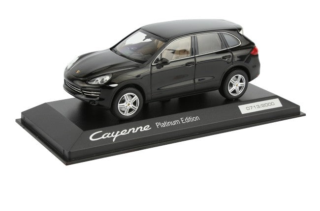 Porsche Cayenne Platinum Edition 1:43 Model Car - Black