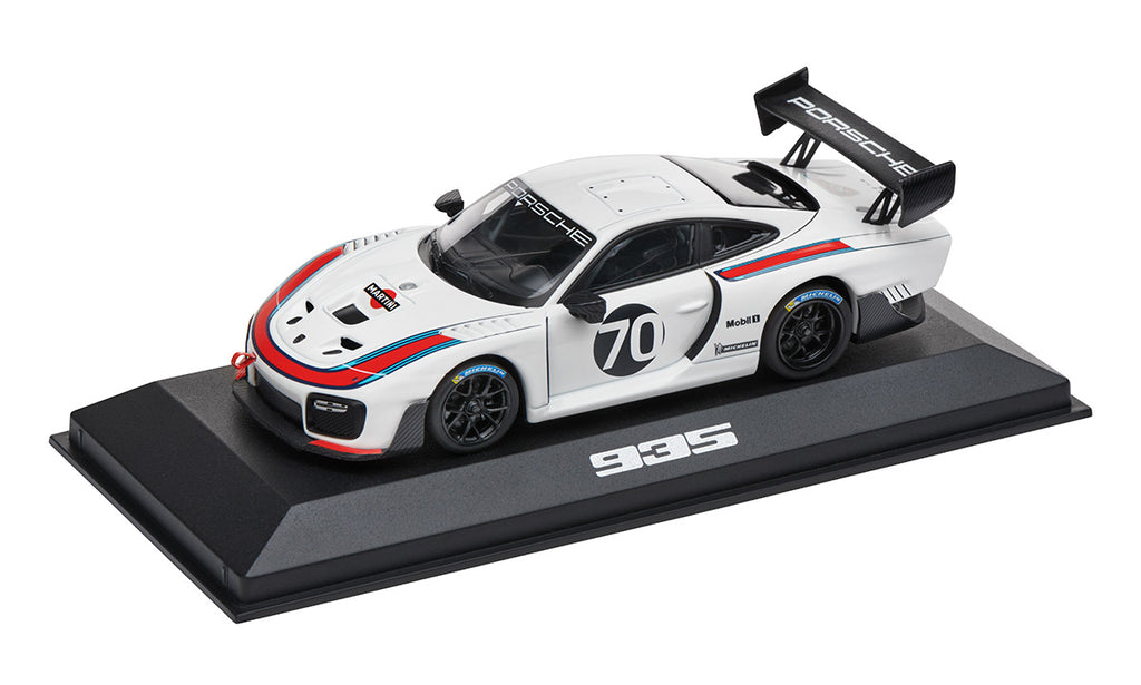Porsche Driver's Selection 935 1:43 Scale Model Car - Martini Racing