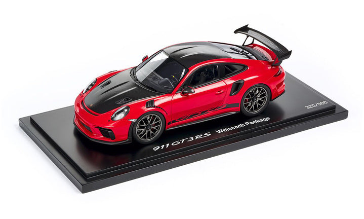 Porsche Driver's Selection GT3 RS Weissach Pack Guards Red Model Car 1:18