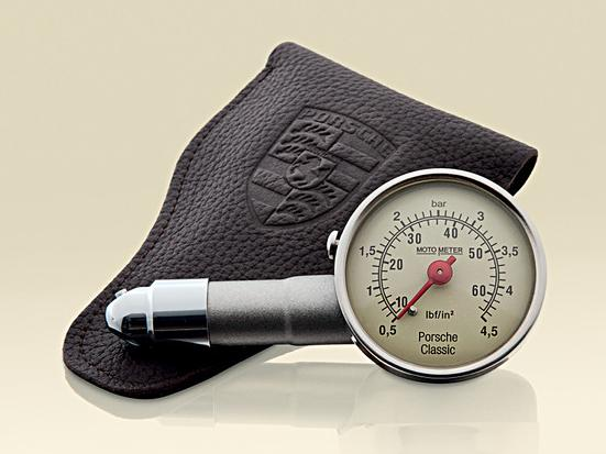 Porsche Classic Tire Pressure Gauge- Leather
