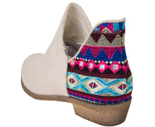 AZTEC BOOTIES BEIGE COLOR