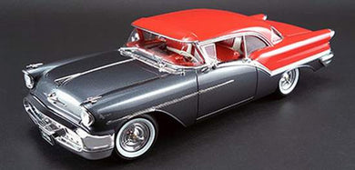 1957 Oldsmobile Super 88 1:24 Diecast