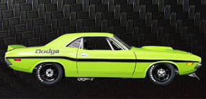 1970 Dodge Challenger Trans Am - Street Version 1:18 Diecast