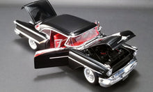 1957 Oldsmobile Super 88 1:18 Diecast