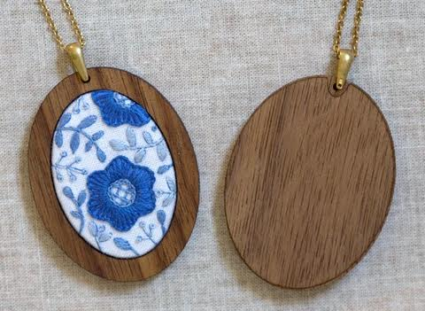 Delft Daisy Embroidered Pendant Kits