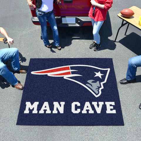 NFL - New England Patriots Man Cave Tailgater Rug 5'x6'
