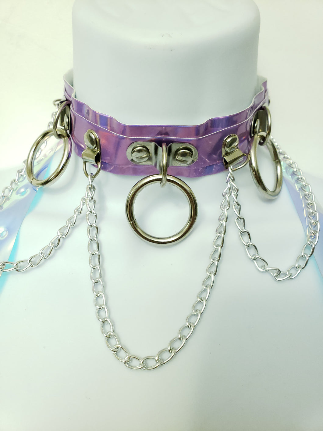 Hoop Chain Chocker in Baby Purple Hologram