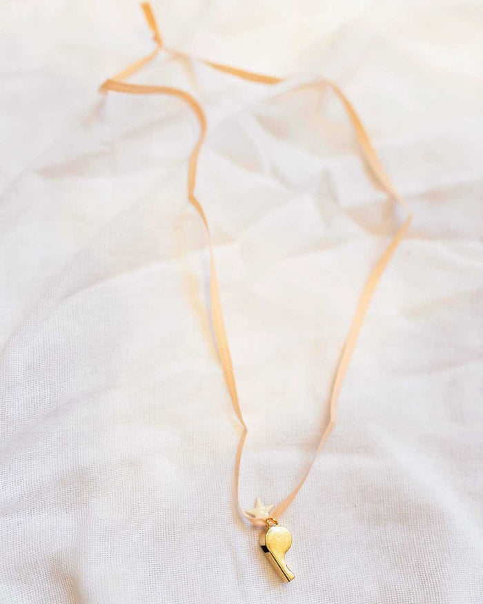 Little atsuyo et akiko accessories white star whistle ribbon necklace