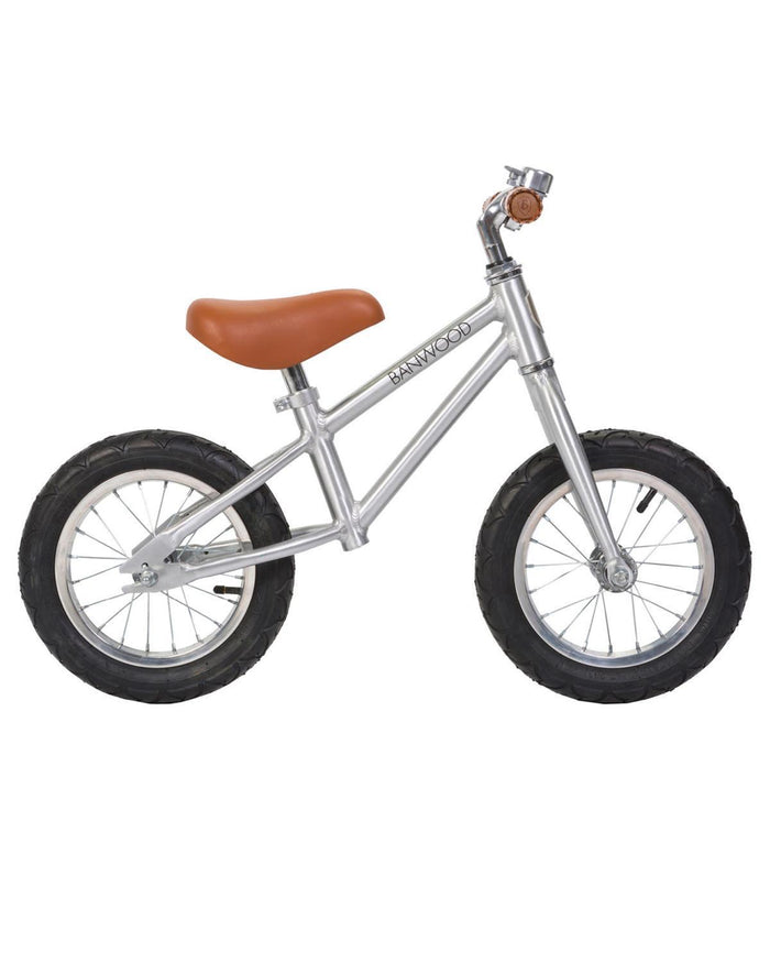 Little banwood play first go! balance bike in chrome