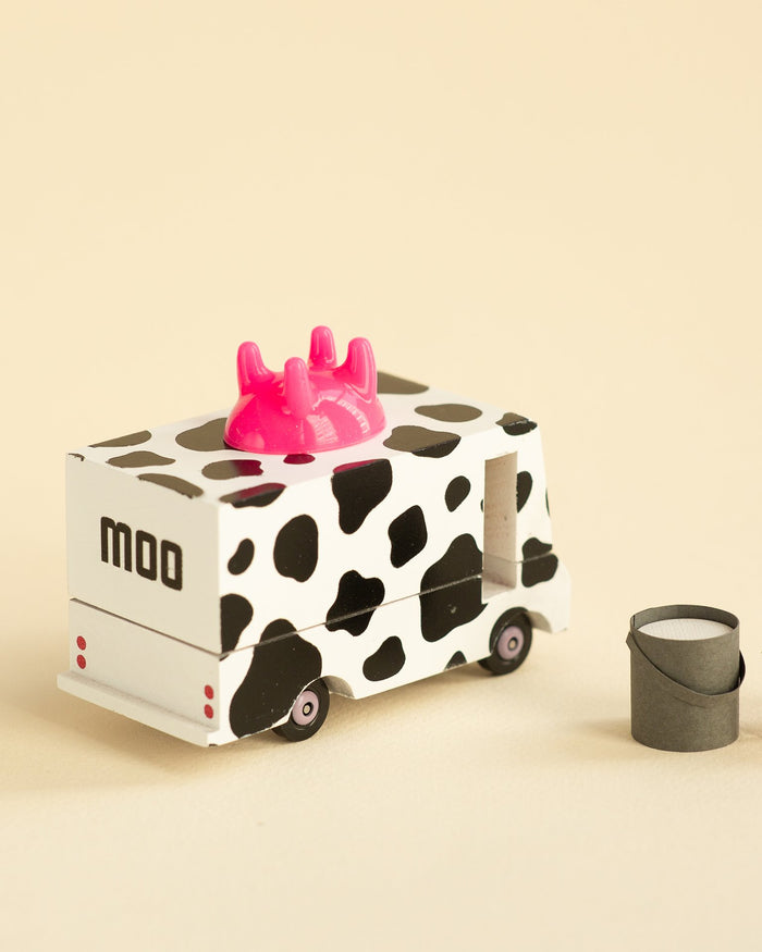 Little candylab play moo milk candyvan