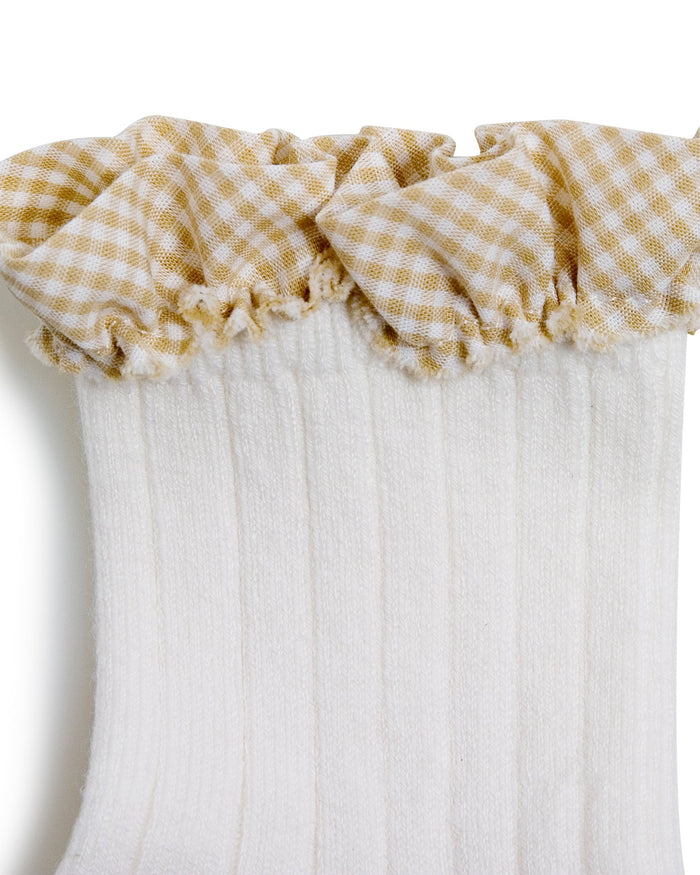 Little collegien accessories gingham ruffle ankle socks in blanc neige