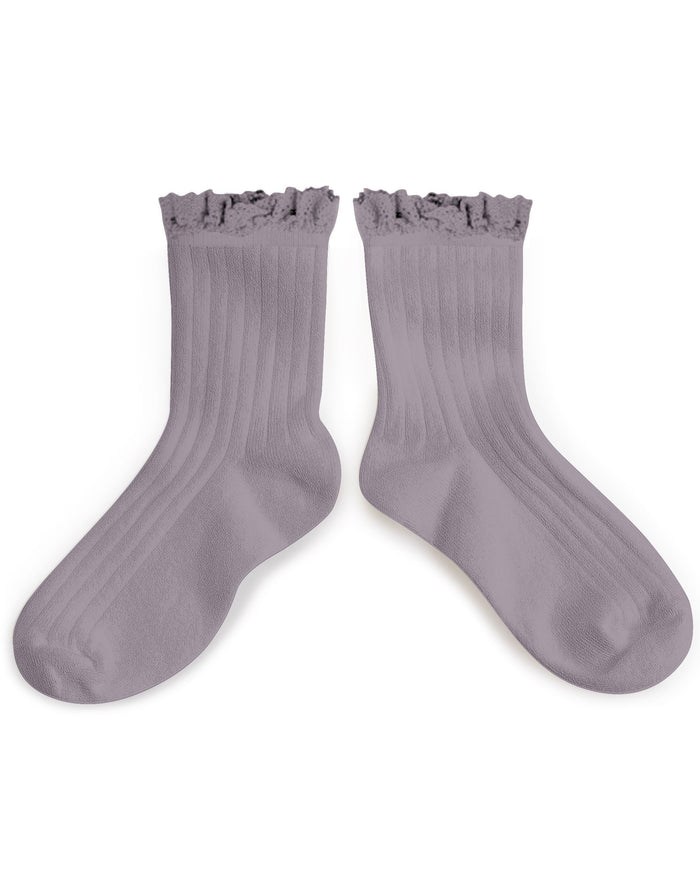 Little collegien accessories ruffle trim ankle socks in glycine du japon