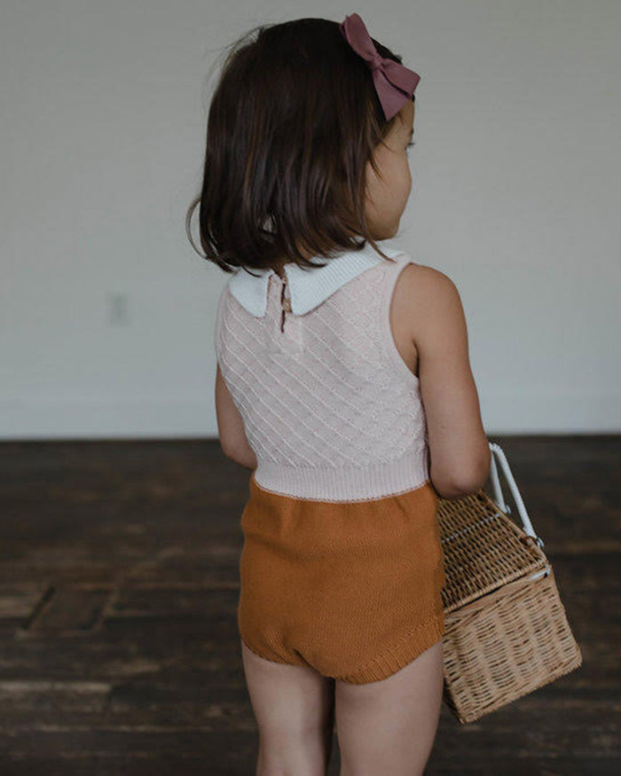 Little fin & vince baby girl 0-3 collar knit romper in blush + camel