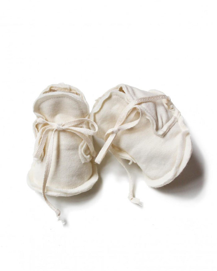 Little gray label baby accessories 0-6 baby raw edged booties in cream