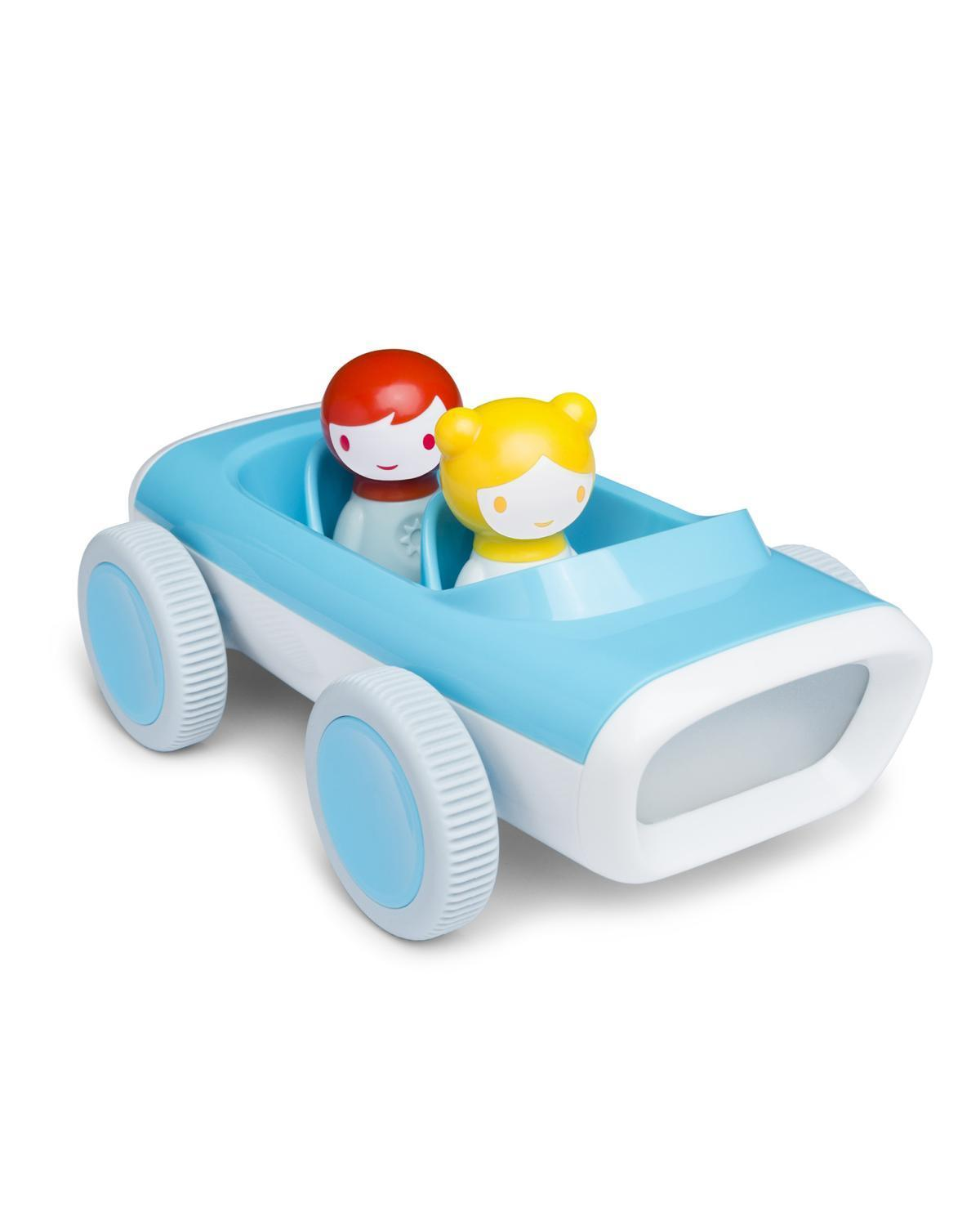 Little kid o play Myland Car