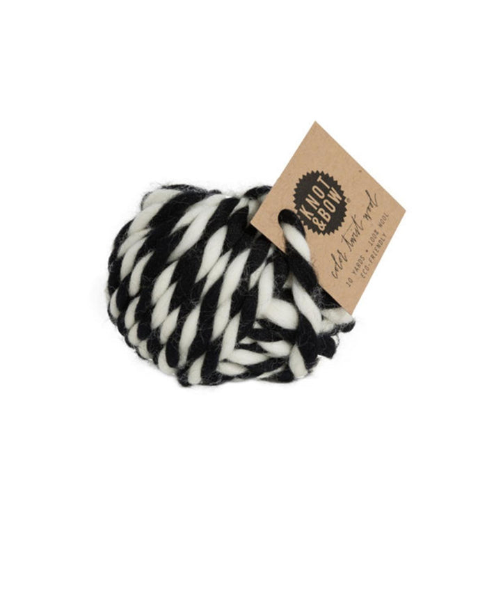 Little knot + bow paper+party Twist Wool in Black