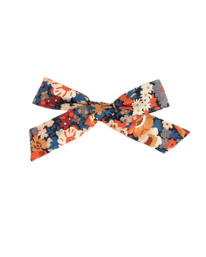 Little little accessories medium schoolgirl bow in harper