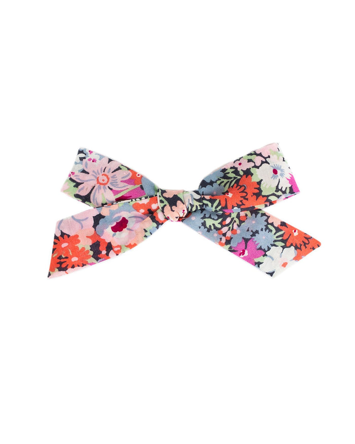 Little Little accessories medium schoolgirl bow in zoe