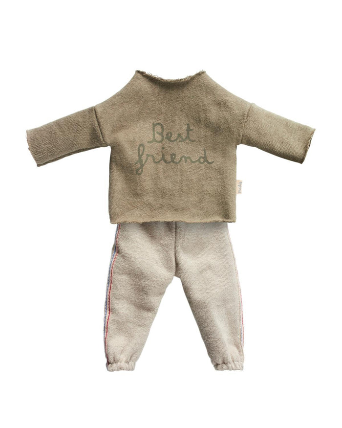 Little maileg play Best Friends Jogging Suit in Green
