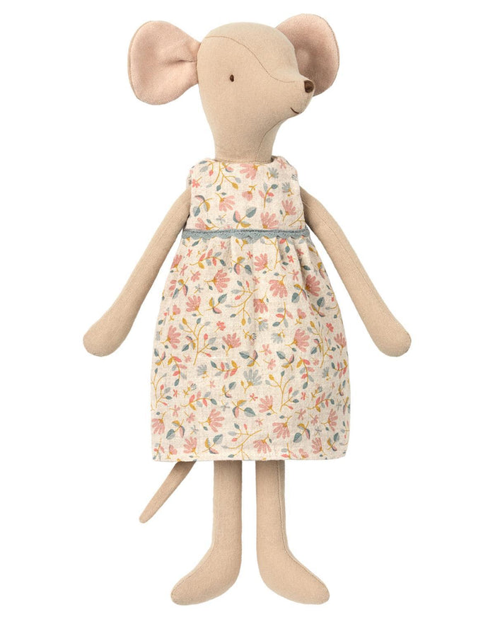 Little maileg play medium girl mouse