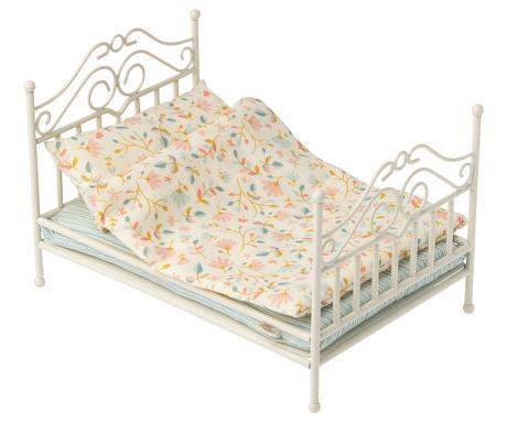 Little maileg play micro vintage bed in soft sand