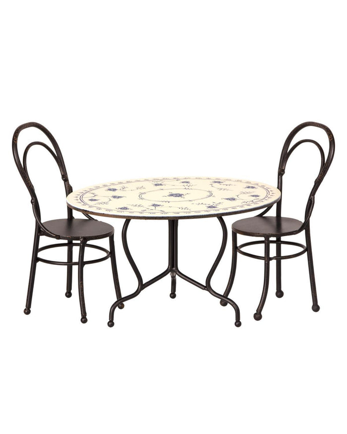 Little maileg play mini dining table set